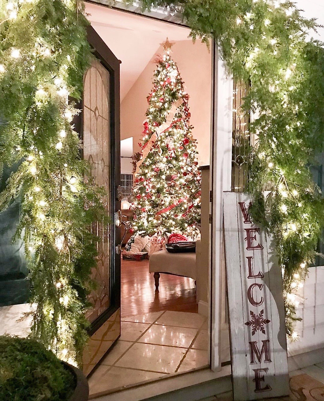 Favorite Holiday Houses - Kristy Wicks