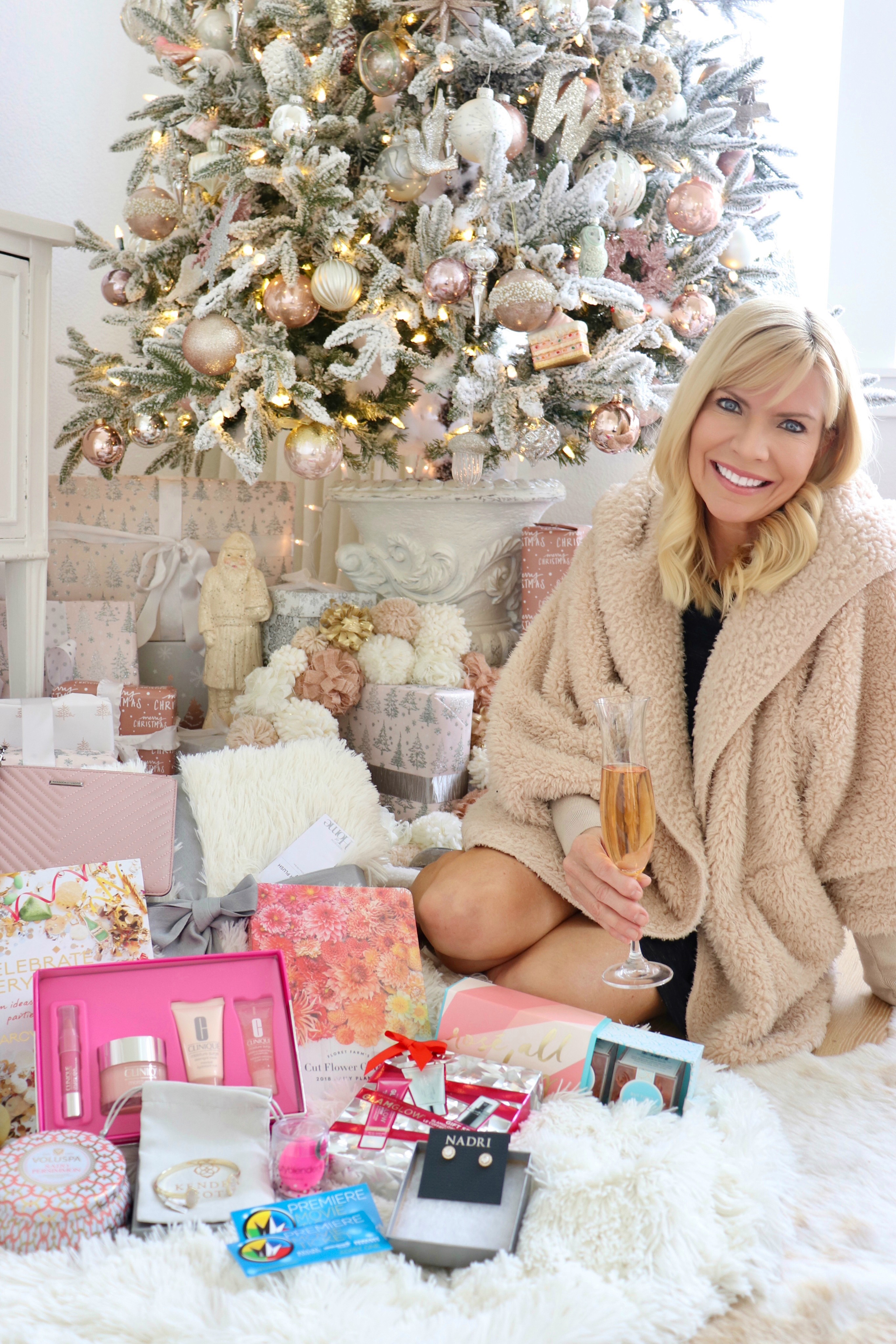 Kristy's Christmas Giveaway - Kristy Wicks