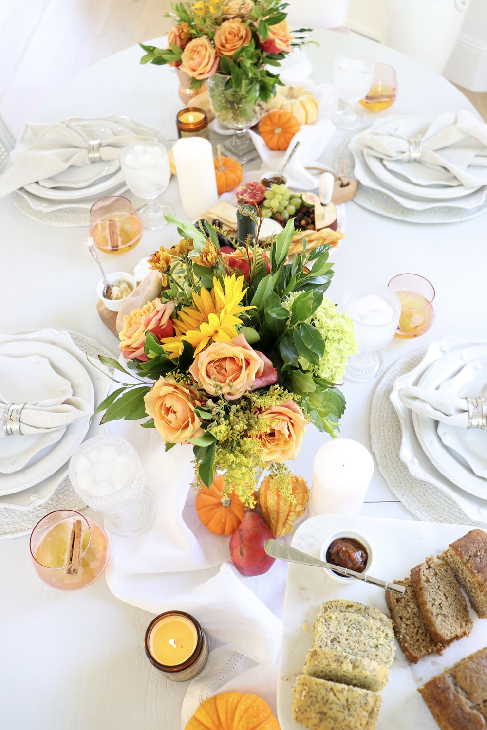 Beautiful Autumn Tablescape Made Easy
