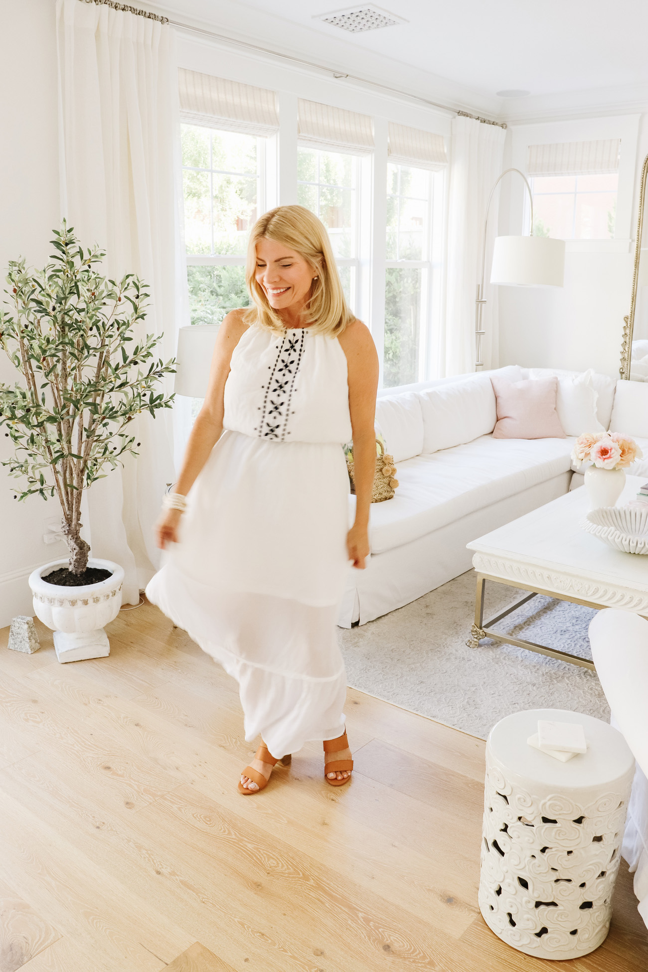 Affordable Resort Essentials - Found the BEST vacation wear at Walmart for under $40.. everything is perfect for your next beach getaway. | Kristy Wicks