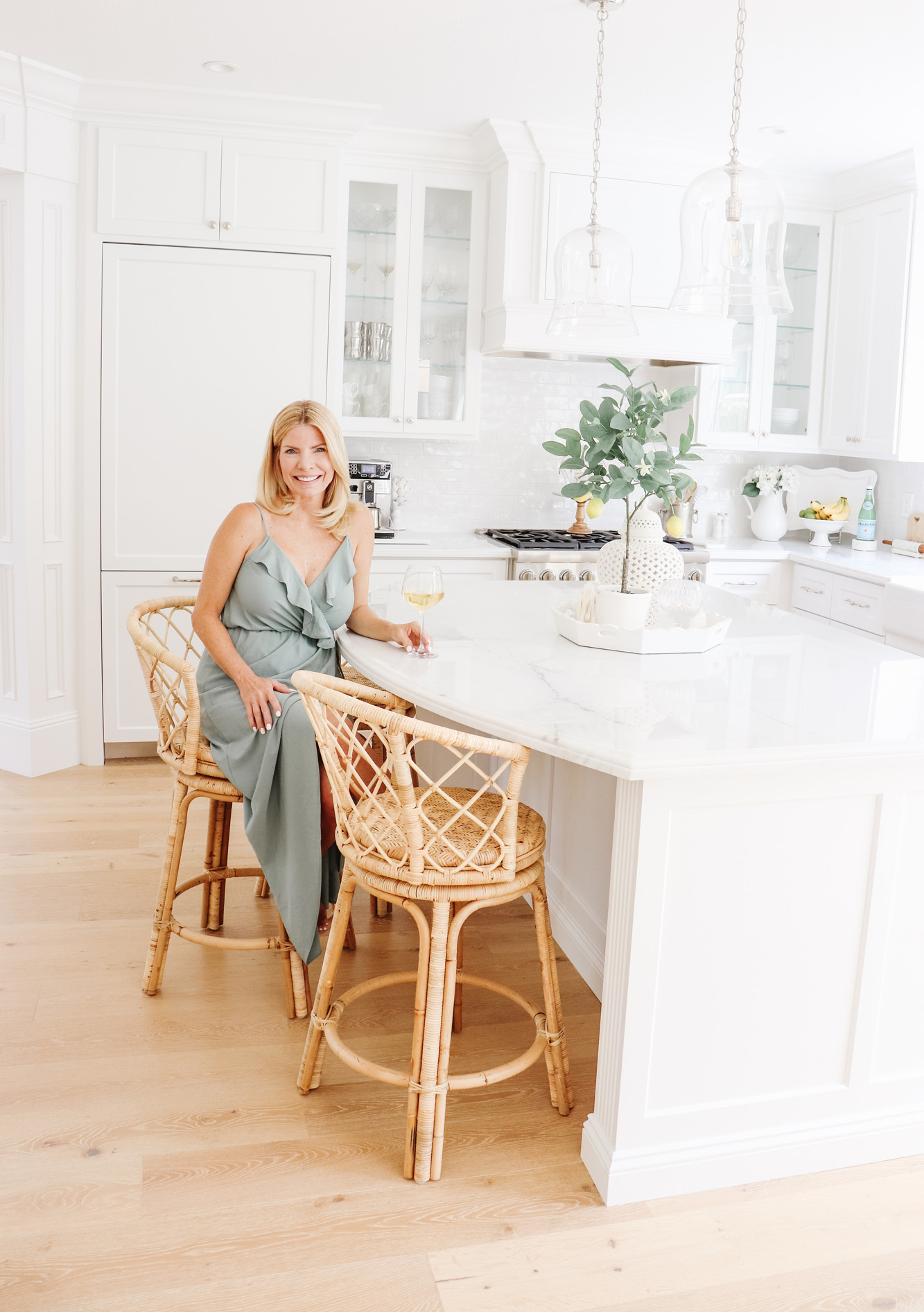Bringing Texture to the Kitchen with Rattan Stools - Obsessed with my new woven stools! I sourced all of my favorite rattan and woven decor pieces too.  | Kristy Wicks