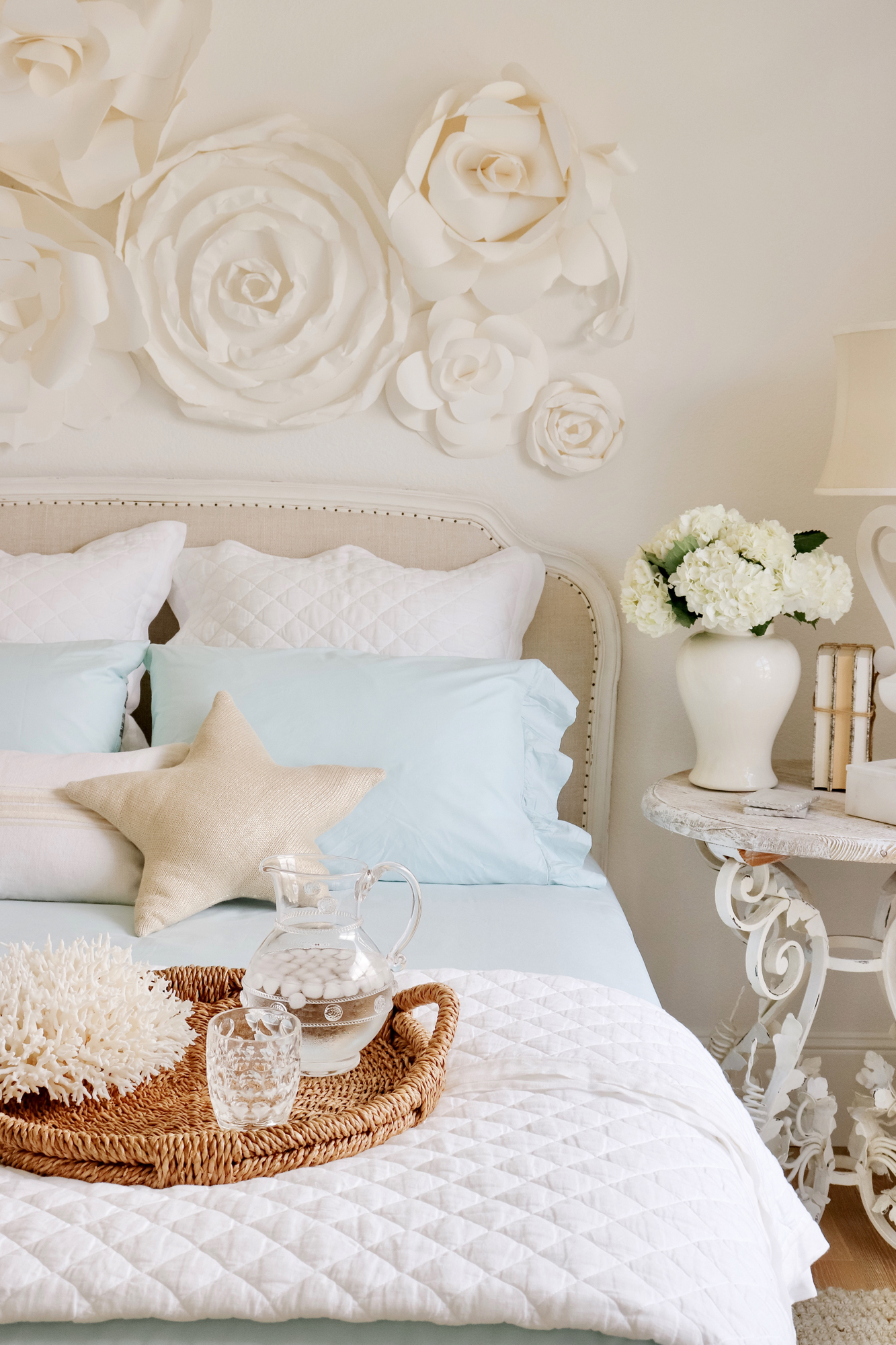 Summer Coastal Home Decor on a Budget - Beachy & relaxed vibes in a coastal themed bedroom. Affordable home decor options in the blue tones.
