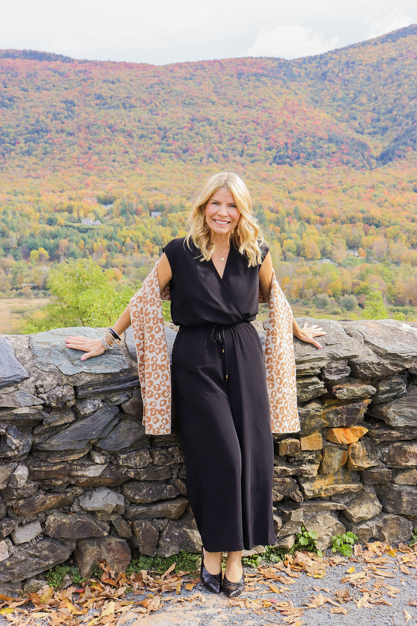 Fall Fashion in New England - Brought all of my adorable and affordable autumn fashions with me on my leaf peeping trip to Vermont.