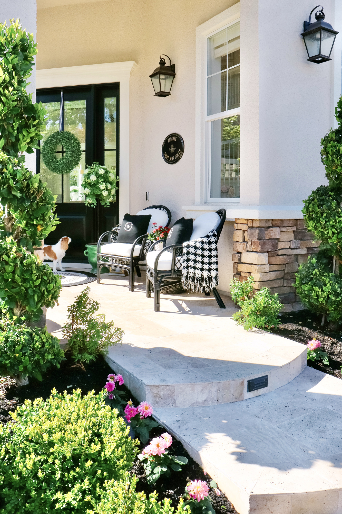 10 Easy & Beautiful Spring Porch Ideas - Lots of decor ideas and easy options to update and add curb appeal to your home. Many links and sources!