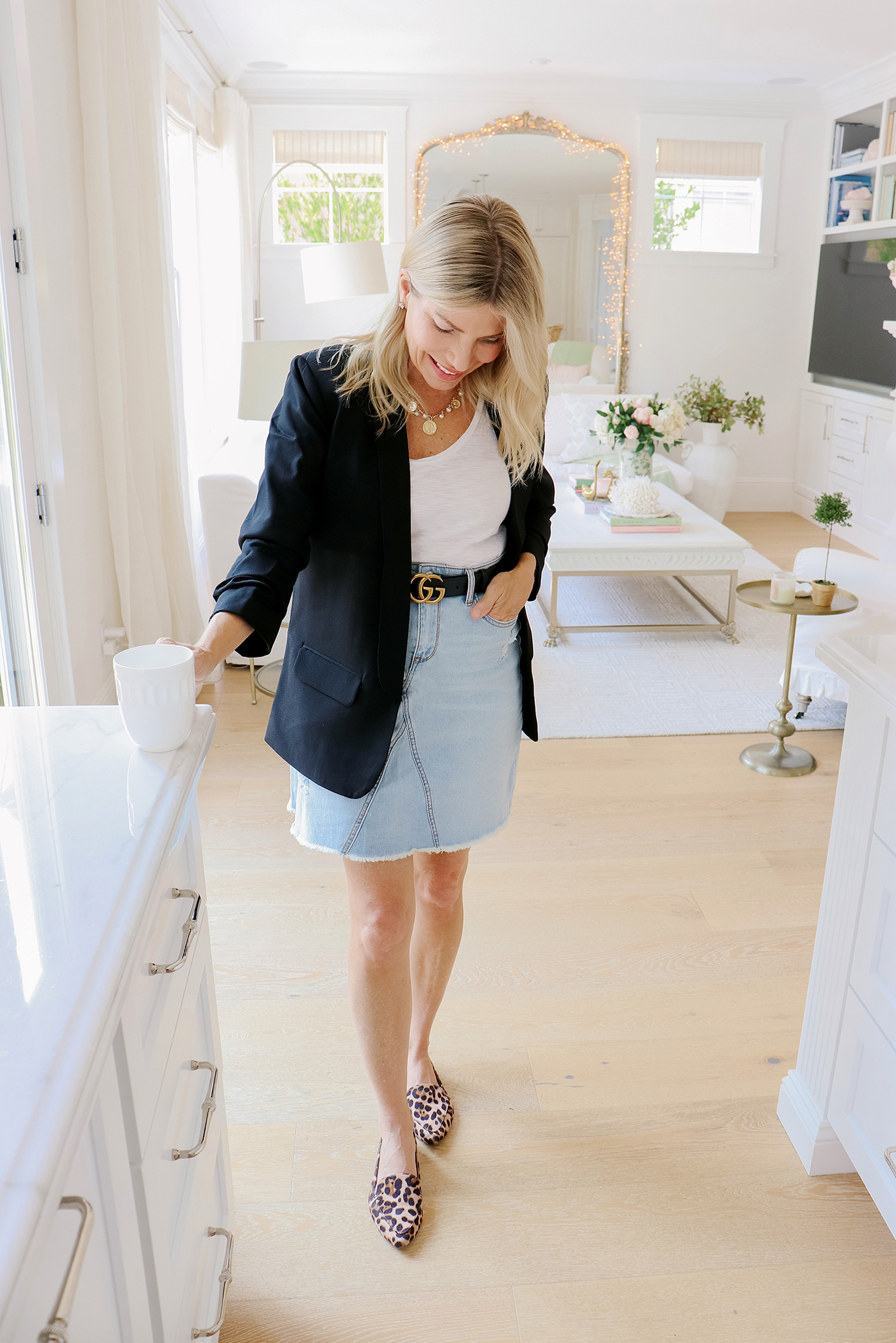 Work from Home Chic & Casual Fall Fashion Finds - The cutest and most affordable workwear options for working from home. Fall fashion ideas & trends.